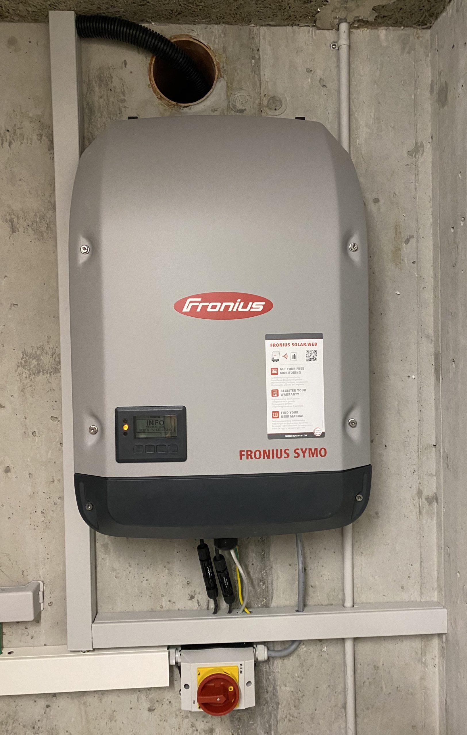 Fronius DC - AC inverter