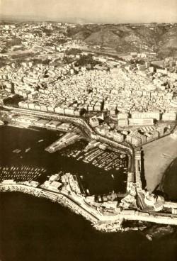 Vue aérienne d'Alger en 1960
