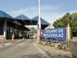 Paneau de la Douane de Moillesulaz (côté Suisse)