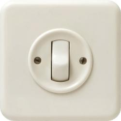 Interrupteur à bascule classique suisse