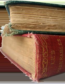 Tranche d'un vieil exemplaire du livre «les Misérables» de Victor Hugo